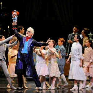 SF Ballet in Tomasson's Nutcracker (©Erik Tomasson