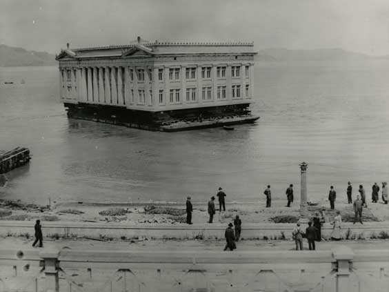 [Ohio Building being floated to Coyote Point] ca.1915. Courtesy California Historical Society.
